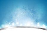 与金属条纹的圣诞节蓝色背景 免版税库存照片
