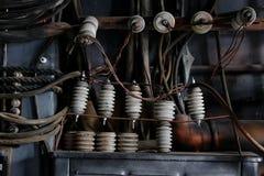 与金属生锈的老管子的工业内部 库存图片