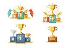 与金杯子和奖牌集合的垫座 皇族释放例证