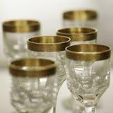 与金装饰静物画2的古色古香的水晶玻璃 免版税图库摄影