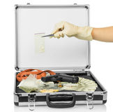 与金钱和药物的案件 库存图片
