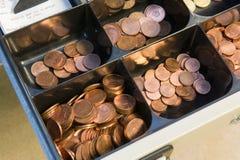 与金钱的抽屉 免版税库存图片
