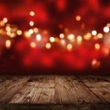 与金黄lights_001的红色背景 免版税库存照片