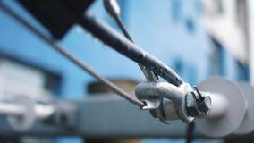 与钢缆绳的连接 框架 金属零件特写镜头  股票视频