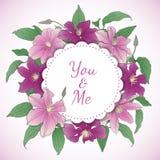 与铁线莲属花的花卉花圈 库存照片