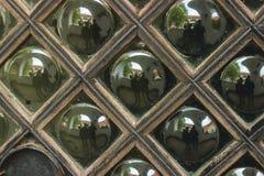 与镜子迷离的走廊神色 库存照片