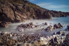 与长的曝光威尔士的镯子海湾 免版税库存照片