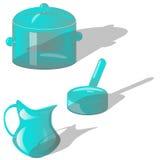 与长的阴影的Glasswares在白色背景 免版税图库摄影