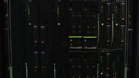 与闪光灯,技术革新的现代数据库服务器存贮 股票视频