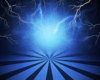 与闪电的抽象蓝色背景和 皇族释放例证