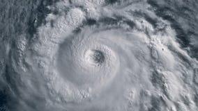 与闪电的飓风风暴在海洋 卫星看法 股票录像
