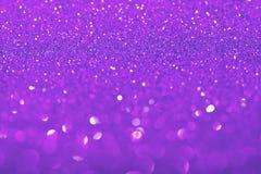 与闪闪发光的紫罗兰色背景 免版税库存图片
