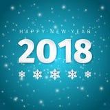与阴影和雪花的新年快乐2018纸艺术设计在发光的深蓝冬天夜空背景 库存照片