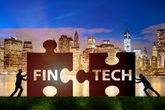 与难题的fintech财政技术概念编结 免版税库存图片