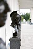 与雕塑的画廊在Tsarskoye Selo,圣彼德堡 免版税库存照片