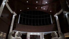 与雕象的豪华大厅内部 与雕象的旅馆招待会 豪华大厅内部 旅馆大厅内部 豪华 免版税图库摄影