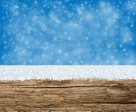 与雪的冬天背景 库存图片