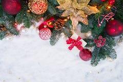 与雪的圣诞节场面 库存图片