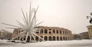 与雪的竞技场二维罗纳-威尼托意大利 图库摄影