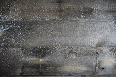与雪的老木纹理 免版税库存图片