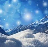 与雪纹理的冬天背景 免版税库存照片