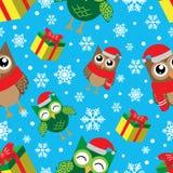 与雪花、猫头鹰和礼物的冬天无缝的样式 新年快乐和圣诞快乐传染媒介例证 库存例证