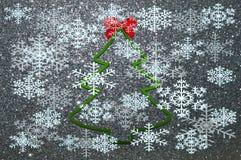 与雪花和圣诞树的圣诞节背景 库存图片