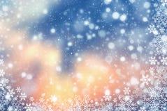 与雪花的圣诞节抽象背景 图库摄影