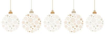 与雪花的垂悬的明亮的圣诞节球装饰 向量例证