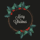 与霍莉的圣诞快乐花圈和字法在黑背景发短信 免版税库存图片