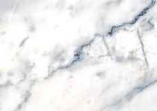 与静脉的白色大理石样式有用作为背景或纹理,从自然的详细的真正的真正大理石 免版税库存图片