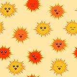 与面孔的逗人喜爱的太阳 r 明亮的无缝的样式 免版税图库摄影