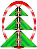 与鞋带的圣诞树在红色长圆形 免版税库存图片