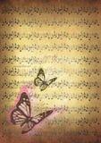 与音乐笔记和蝴蝶的葡萄酒例证 免版税库存图片