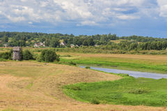 与领域的夏天风景 库存图片