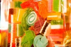 与颜色的糖果 免版税库存照片