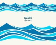 与风格化蓝色的海洋无缝的样式在光挥动  免版税库存照片