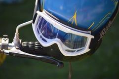 与风镜的摩托车盔甲 免版税库存照片