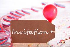 与飘带,气球,文本邀请的党标签 库存照片