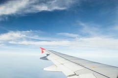 与飞机的天空 免版税库存照片