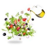 与飞行菜成份的新鲜的沙拉 库存照片