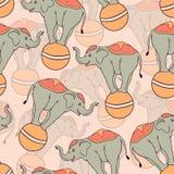 与马戏大象的无缝的样式 免版税库存图片