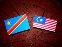 与马来西亚旗子的刚果民主共和国旗子在t 免版税库存照片