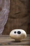 与鬼魂面孔的万圣夜蘑菇 免版税图库摄影