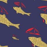 与鱼和伞的无缝的样式 免版税库存照片