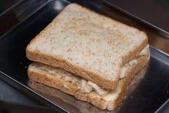与鲜美甜猪肉绣花丝绒的特写镜头可口泰国早餐健康新鲜面包 库存图片