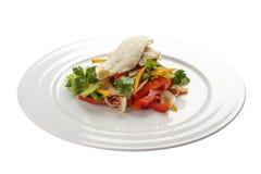 与鳕鱼的沙拉 传统拉脱维亚盘 图库摄影