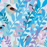 与鸟和小树枝的无缝的样式 免版税库存照片
