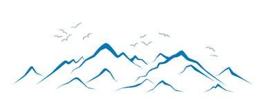 与鸟的山风景 免版税图库摄影