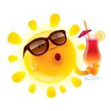 与鸡尾酒的夏天太阳 向量例证